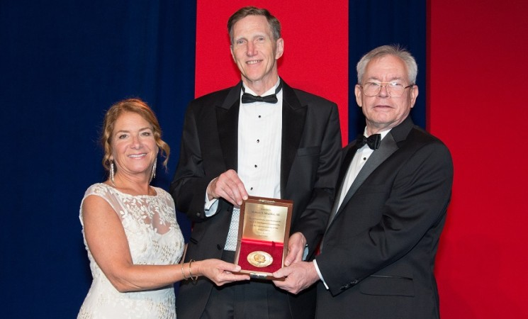 INSA Celebrates IC, Robert Mueller at Baker Award Dinner